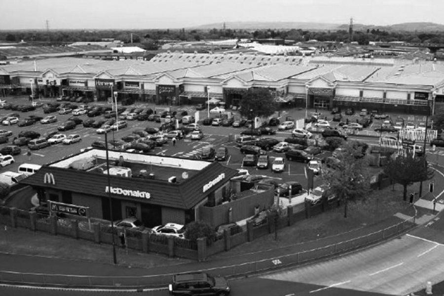 Kingsditch Retail Park: Cheltenham